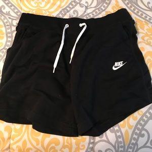 2 pairs of Nike shorts !